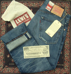 putthison:  Levis Vintage Clothing and Levis Made & Crafted Sample Sale If you're in New York, don't miss the LVC / Made & Crafted sale. It's tomorrow (Thursday) and Friday in New York, and from what the Choosy Beggar tells us, it's usually quite an extravaganza. They've got all the details here.