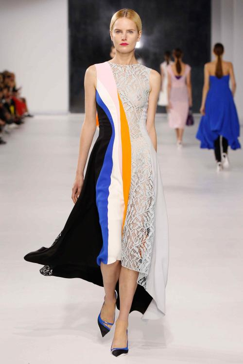 .@Dior Galore! A beautifully cut dress of many fabrics: We love it! #Fashion