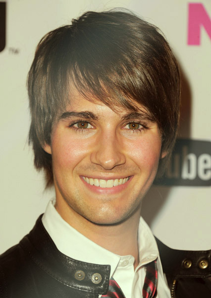 feeldrush:  James Maslow at Nylon Magazine Young Hollywood Party (2010-2013)   Omg