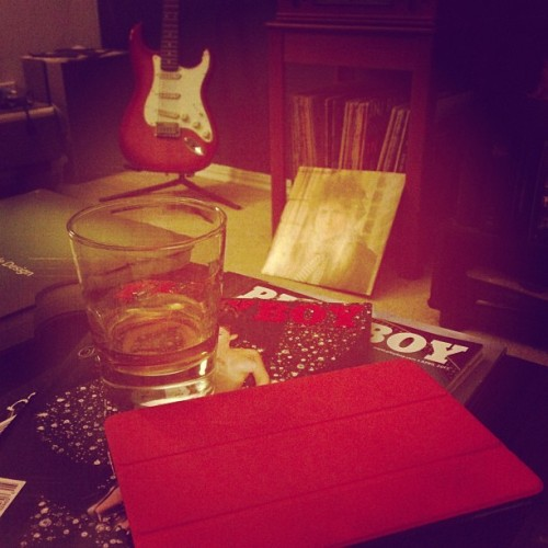 Fun times on Sunday evening. #whiskey #playboy #ipad #bobdylan #vinyl #guitar #fender #drawing #art #homelife