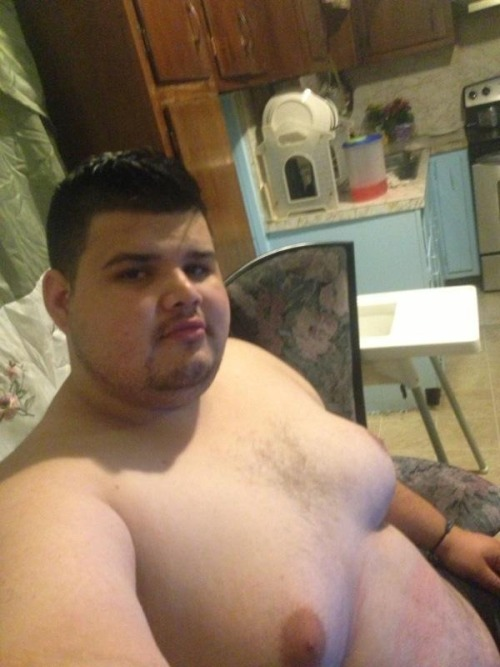 beautifulchubs:Any idea how I can contact this guy?