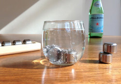 (via Stainless Steel Ice Cubes » Yanko Design)