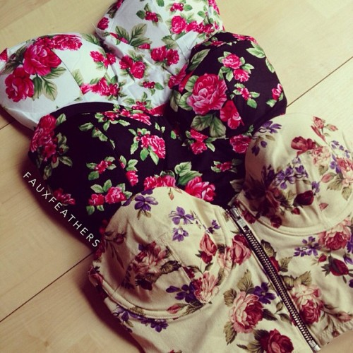 fashionista-lovee:  http://fashionista-lovee.tumblr.com/ ♚