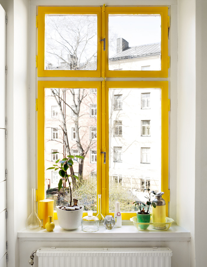 myidealhome:  yellow window (via  Elleinterior.se)
