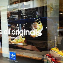 unite all originals… #adidas #sneakers #footwear #fashion #mode #lamode #seoul #itaewon #korea #cloud33 #cloud33Seoul #grabs #theGrabs  (at 이태원로 (Itaewon Street))