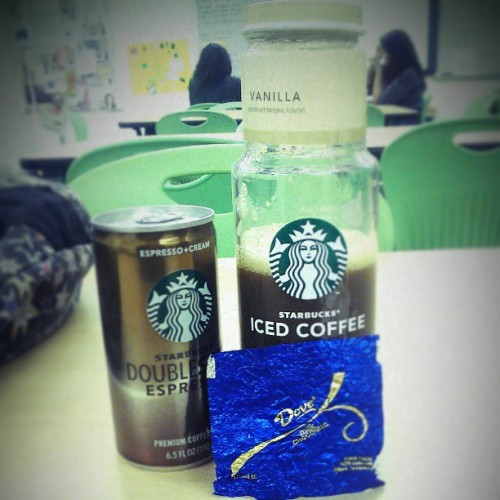 #photo #3 #challenge #happy #Starbucks #expeesso #chocolate #ThisIsReallyGoodPhotoChallenge!! '(: