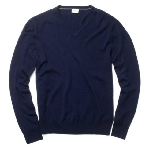 It's On Sale: Club Monaco Sweaters Club Monaco is offering a 20% discount off any purchase with the checkout code 20JUST4U. The code seems to apply to their merino wool v-neck sweaters, which have already been discounted to $19. There aren't any small sizes left, but $15 for one of these sweaters is a heck of a deal.  Note, the code expires March 22nd.