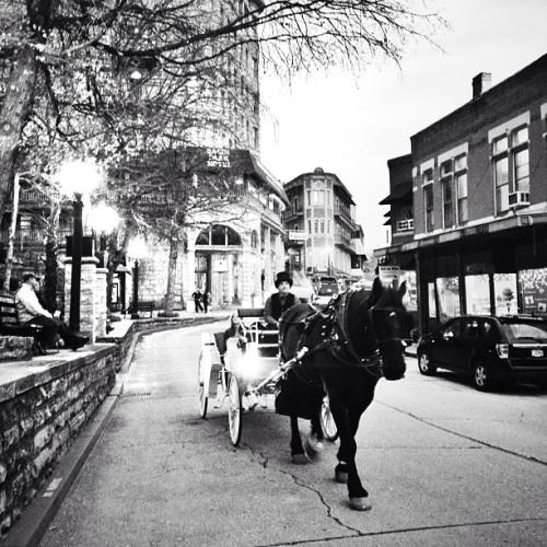 #eurekasprings #arkansas #blackandwhite (at 1905 Basin Park Hotel)
