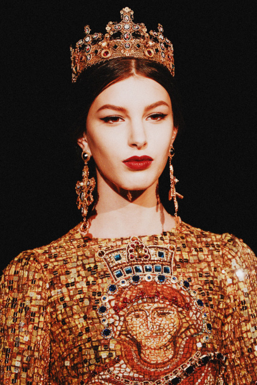 noenespanol:  Dolce & Gabbana Fall 2013 Milan Fashion Week