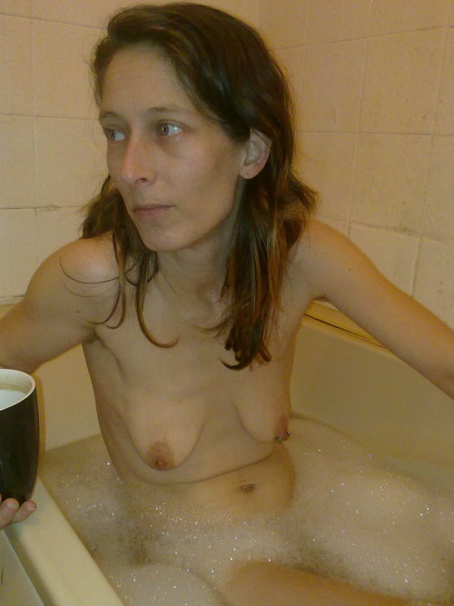 Small empty hanging tits