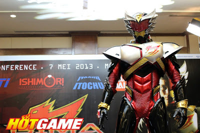 "Indonesian Tokusatsu Revealed:  BIMA the Garuda Warrior Starting this June 30th, Indonesia's MNC and Japan's Ishimori Production will start airing Indonesia's latest tokusatsu hero, ""BIMA Satria Garuda"", or BIMA the Garuda Warrior. And like any Japanese produced tokusatsu, it will also have merchandises courtesy of Bandai. Led by the enigmatic Rasputin, the evil organization VUDO came from a parallel universe to steal the natural resources of Earth like oxygen, water and sunlight. Ray, a young man from Earth, was chosen to be a hero to protect the Earth from the evil invaders' attack.  BIMA stars Christian Loho as Ray Bramasakti, Stella Cornelia (JKT48) as Rena Iskandar, Rayhan Febrian as Randy Iskandar, Adhitya Alkatiri as Mikhail, and Sutan Simatupang as Rasputin. Christian Loho will also be the BIMA's suit actor with the choreography handled by Ishimori production. Three choreographers, the cameraman and director all came from Japan, as well as the equipment to be use to create the series. The designer and writer for the story will be Masato Hayase who is known for writing the Sea Jetter Kaito and Cyborg 009 Conclusion mangas; S.I.C. Hero Saga, Kamen Rider Eve, and KIKAIDER00 novels; and, the character designer for Voicelugger, Kamen Rider Agito, Ryuki, Faiz, Hibiki, Kabuto, Den-O, Kiva, Decade, W, and OOO Scheduled for 26 episodes, BIMA Satria Garuda starts airing on June 30th (Sunday) at 8:30 AM, with replays every Saturday at 3:00 PM on RCTI. They also have plans to release the show overseas, such as Malaysia, Singapore and Brunei. Teaser:  Read more at jefusion ***** cukup kaget baca berita ini. beberapa hari lalu gw cukup bangga karena anak2 Indonesia udah bisa bikin anime, bahkan OST nya macem vocaloid, Hatsune Miku tapi pake bahasa Indonesia gitu. dan sekarang muncul tokusatsu baru~ yang megang Jepang pula!! tapi nama musuhnya, Rasputin.. kek nama musuhnya siapa ya? o.oa semoga keren deh yaa~ *tapi kok teasernya kaku bener yak? ;p eniwei.. terakhir ada superhiro di tv itu.. Panji Manusia Milenium ya klo gak salah. haha *beda pemain2nya gak kenal saya. saya cuma tau si Stella yang member JKT48 itu.. kebetulan saya suka liat tu anak walaupun bukan fansnya JKT48 ;) berati ini pertama kalinya member JKT48 main drama tv ya? waa~ melebarkan sayang ya,dek? *dan tetep gak jauh2 dari jejepangan! lol xD klo diperhatiin.. stasiun tv yg cukup ""support"" sama hal yg berbau Jepang emg MNC grup ya!? JKT48 sering munculnya di RCTI + Globaltv kan? bagus deh.. moga aja anime2 akan kembali rame di RCTI kayak jaman gw SD dulu! amiiiinnn!! *kangen bgt masa2 hari Minggu banyak anime di tipi >< Sukses buat Bima Satria Garuda!! :))"