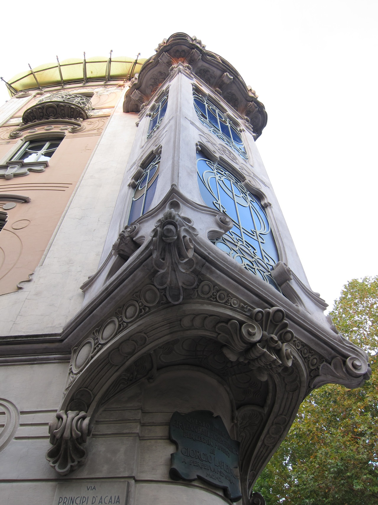 Art Nouveau (Stile Floreale) window bay, Turin, Italy.
