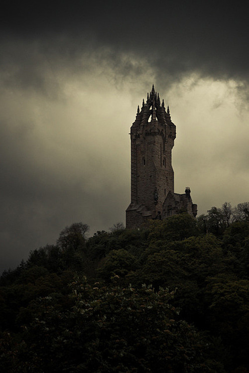 voiceofnature:  Wallace Monument in Stirling, Scotland