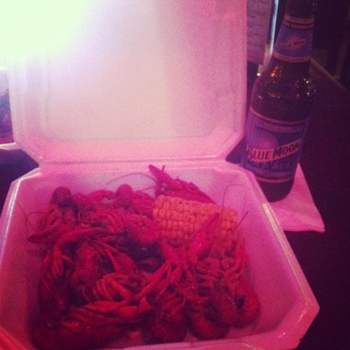Cold beer and crawfish! #pinksugacupcake #crawfish #bluemoon