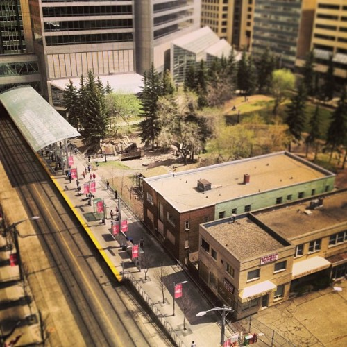 #yyc #calgary #downtown #7thave #train #waiting #people