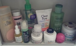 All the skin care items I'm using at the moment(: ~ L'oreal Go 360 Clean Deep Exfoliating Scrub (I use the little scrubbie that comes with this scrub with my night time face wash also, it works so great!) ~ Sample of The Body Shop Seaweed Mattifying Day Cream ~ Boots Botanics Mattifying Day Cream ~ Goji Berry Eye Cream ~ Maybelline The Flash Clean Makeup Removing Lotion ~ Clean & Clear Morning Burst Shine Control Facial Cleanser (I use this just to wash off the residue left by my makeup remover) ~ Neutrogena Clear Pore Cleanser/Mask (I've been using this as my night time cleanser for YEARS! I don't like it much as a mask though.) ~ The Body Shop Tea Tree Blemish Fade Night Lotion ~ Boots Botanics Facial Oil (I mix a couple drops of this with the Tea Tree Lotion) ~ Simple Soothing Facial Toner ~ St. Ives Exfoliating Pads ~ Nivea Lip Butter & EOS Lip Balm xoxo