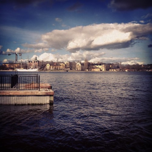 Goodmorning Stockholm #pier #dock  #sweden #goodmorning #sweden2013 #swedenswag #swedengram #swedeninstagram #swedentrip #stoccolma #stockholm #stockholmcity #igsweden #igstockholm #sverige #igsverige #instagood #instagram #photo #photography #photooftheday #picoftheday #instago #igdaily #instadaily #webstagram #iphone4 #igoftheday  (presso Slussen)