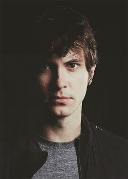 .The sad thing is that I would give anything in my life to be Toby Turner's girlfriend.  ..The sad-er thing is that I am already in a serious relationship with my boyfriend of over a year and a half.  …The sad-est thing is that Toby is old enough to date my mom, and it wouldn't really be weird.    oh Cruel World! Why do you do this to me? /sob