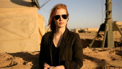 Animal rescue clips helped 'Zero Dark Thirty' star cope with filming     Jessica Chastain says she and director Kathryn Bigelow reduced stress on set by sending each other uplifting videos of animal rescues.