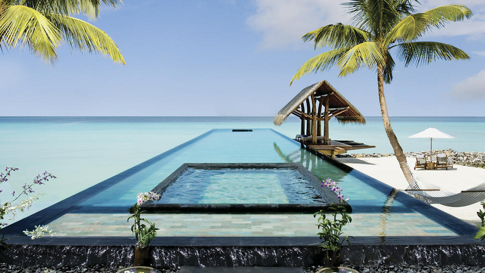 Escape to the Maldives!  (via One and Only Reethi Rah : Daily Escape : Travel Channel)