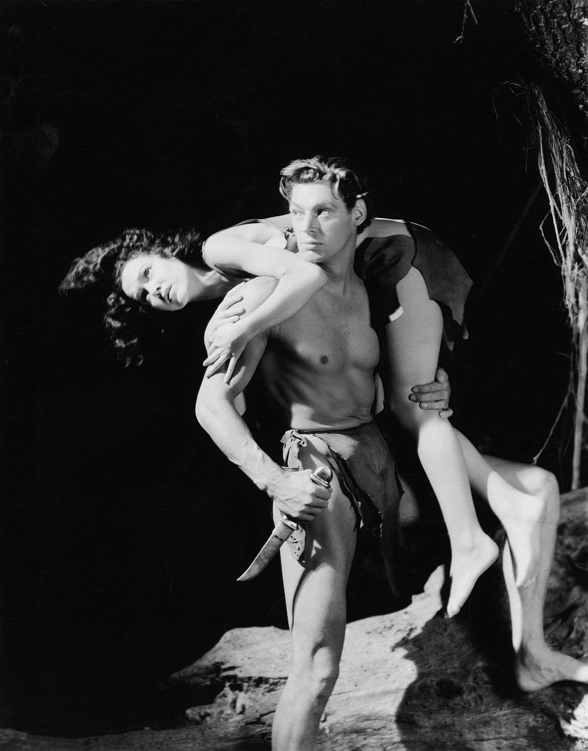 Johnny Weissmuller and Maureen O'Sullivan in Tarzan and His Mate (Cedric Gibbons, 1934), photo by Ted Allan