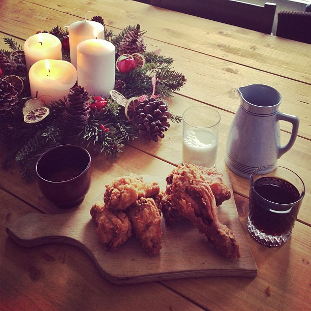 Happy 3. Advent! Chicken, milk, coke and green tea. Best hangover cure ever!