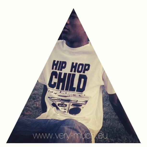 Hip Hop Child Shirt www.very-much.eu #verymu ch #hiphop #child #tshirt #fashion #new #fresh #design #urban #boombox #ghettoblaster #retro