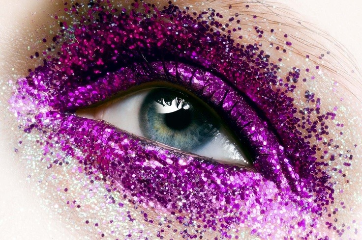 make-up-is-an-art:  Uzmee Krakovszki Make-up Artist