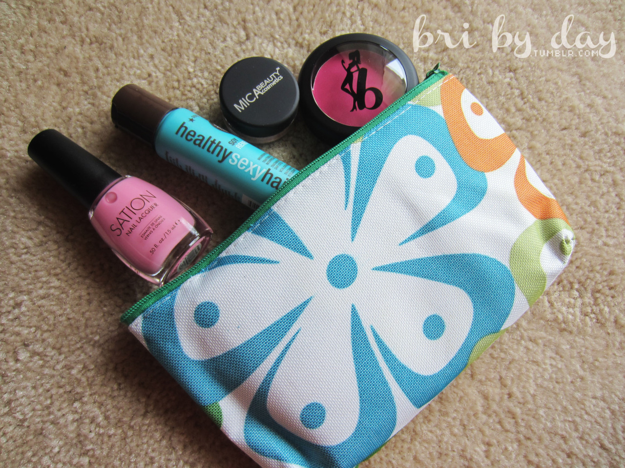 blogged | april ipsy bag - pretty in pink read to find out my thoughts on my first ipsy bag!