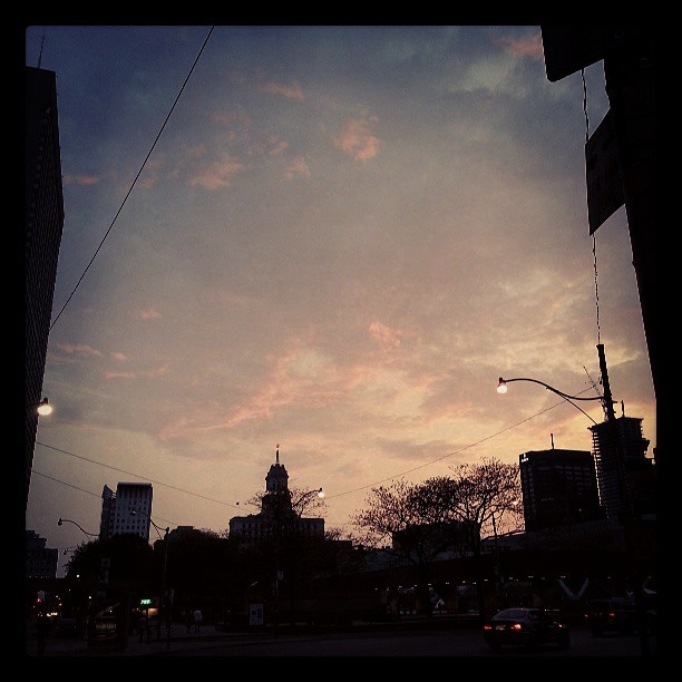 beautiful sunset sky #downtowntoronto #sunset #sky #beautiful  #sundaynight