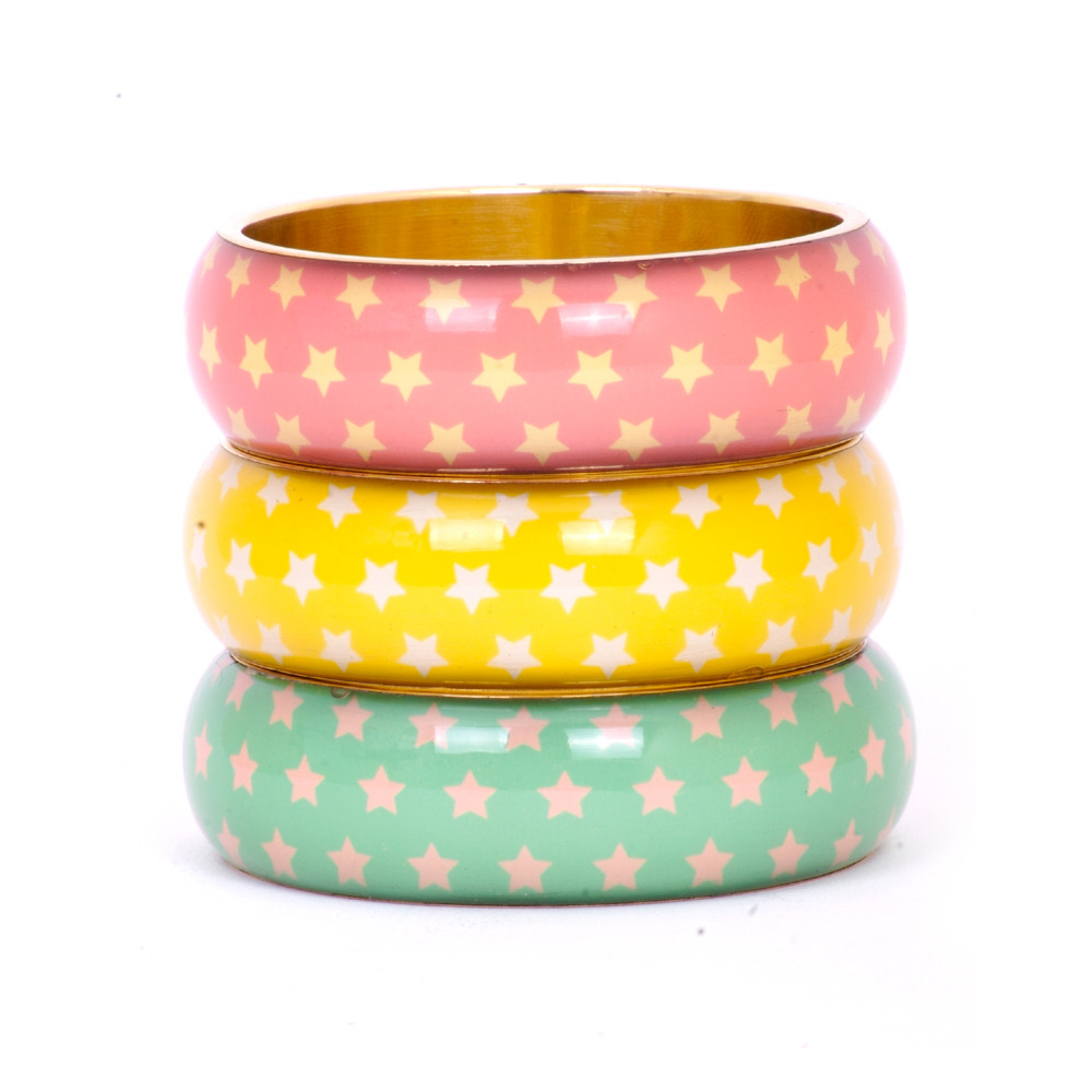 Vintage Star Bangle Make a Vintage statement with these fabulous and funky Circus Star Bangles. £15.00