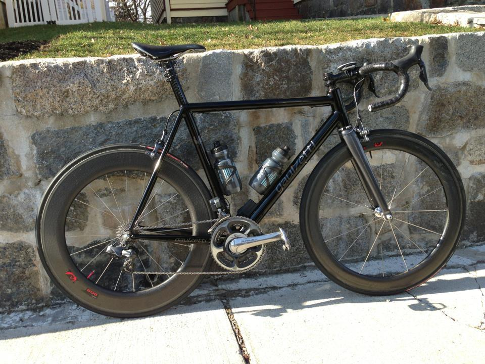 wtfkits:  ironcycles:  embrocationcycling:  Race ready.  Whoa.  Black out!
