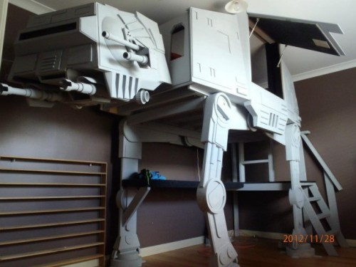 hanzsomeness:  Coolest bunk bed ever!
