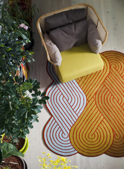 6thfloorwalkup:  Paris-based designer Samuel Accoceberry created a collection of rugs for Chevalier Edition called Tresse.