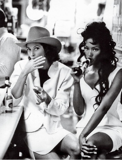 forthosewhocravefashion:  Christy Turlington and Naomi Campbell