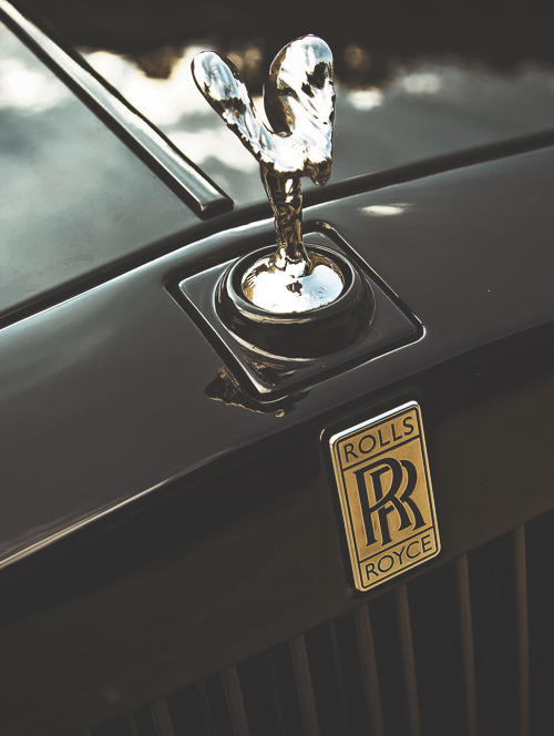 visualcocaine:  Platinum Motorsport Rolls Royce Phantom.