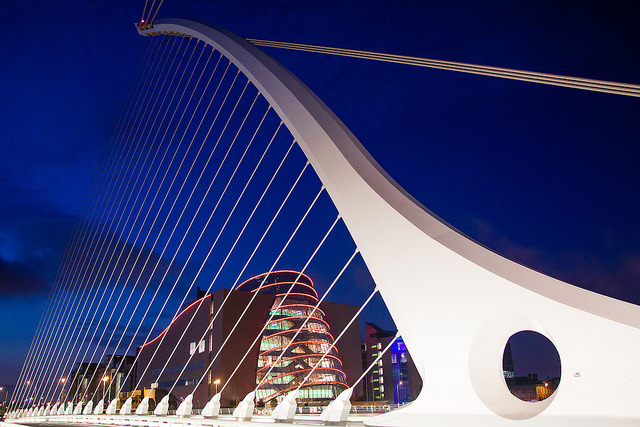 Samuel Beckett Bridge by Ulrich J on Flickr.