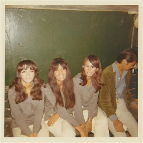 theswinginsixties:  The Ronettes, 1966.