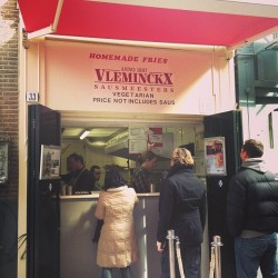 FOOD | Taking dear mom out for good fries #food #amsterdam (at Vlaams Friteshuis Vleminckx)