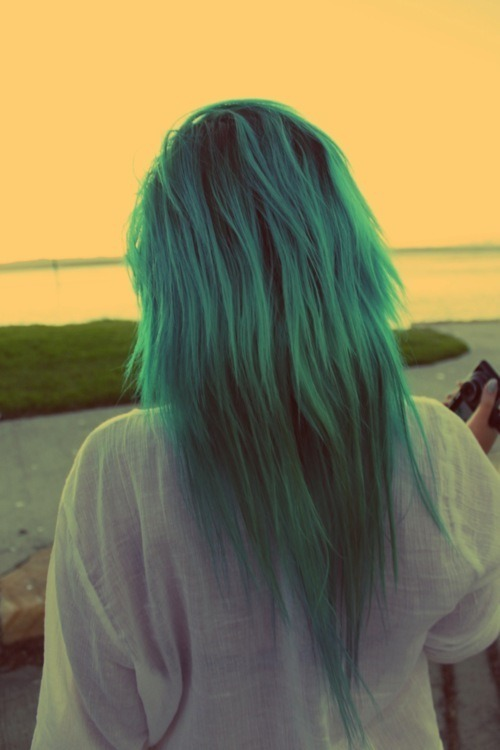 redpoisonrose:  hair blue | Tumblr on We Heart It - http://weheartit.com/entry/51752502/via/nightmare_dangel