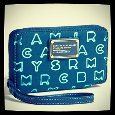 A Perfect Match by Marc Jacobs #iphone #trends #prep #preppy #gadget  #tech #marcbymarcjacobs #marc Jacobs #wallet