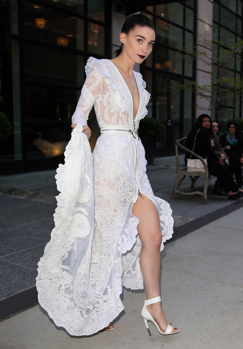 Rooney Mara in Givenchy on her way to the Met Gala in NYC, May 6th (via suicideblonde)