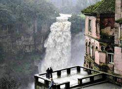 bluepueblo:  Haunted Hotel and Tequendama Falls, Bogotá , Colombia  photo via paradoxically