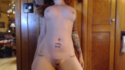 spoilmybigass:  headless goddess  http://www.greeneyed.cammodels.com  this is an excilent example of a perfect body with a perfect mind