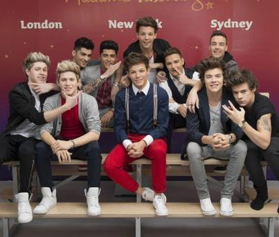 One Direction with their Wax figures | via Facebook di We Heart It http://weheartit.com/entry/58926344/via/1D_lelle