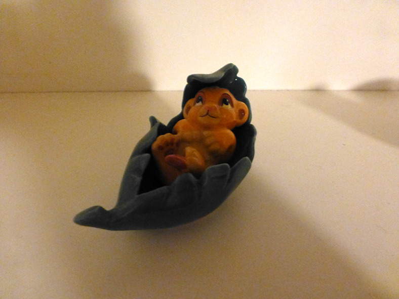 thedisneycollector:  Another Lion King Porcelain figure, Baby Simba was posted on ebay!   My Ebay Name is : TheDisneyCollector All Proceeds will be going to my Fiance' and I's trip to Disney World for our anniversary!!