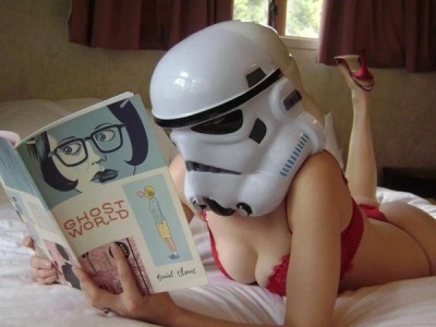 4sexndiscogloss:  The force is in a book