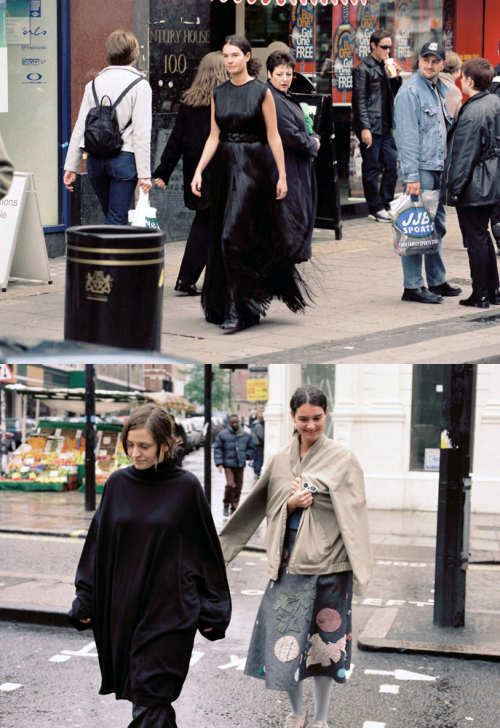 "vroomheid:  Maison Martin Margiela fall 2001 ""Les Rues de Londres"" Swedish photographer Anders Edström's way of shooting a picture seems styleless, when, infact, it's his sensibility, his sensitivity to people, and a natural instinct toward understatement. He lets pictures develop, then he shoots. The subjects aren't sensational, but often they are unusual and more often they are quietly beautiful. In a fashion shoot, the people are those he finds interesting to photograph (not necessarily models) and the places are those he wants to go to. The pictures aren't anti-fashion, nor are the models and the places. In other words, sophistication and perfection aren't what matters. He lets models be who they are and looks for those who can be themselves in front of a camera. The pictures were shot on Bohus Malmö island—one of hundreds of islands off the coast of Sweden—where Swedes spend their holidays, including these girls, who answered an ad Anders and stylist Annsofie Back had put up in a local supermarket.  Purple Fashion Fall/Winter 2001 by Anders Edström"