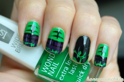 Manicure Monday: The Hulk, by HoneyMunchkin
