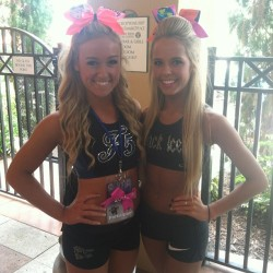 bowsoverhoess:  cheer-athletics-panthers:  Shelby and maison  OMG STOP TOO GORG TOO HANDLE